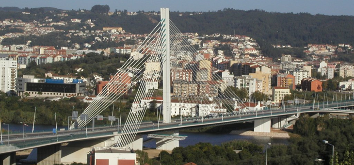 Rainha Santa Isabel Bridge
